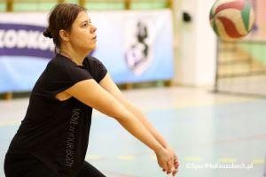 Przodkowska Liga Piłki Siatkowej Kobiet. Zdjęcia z meczów Power Team - Drizzles i Oldschool - KS Alfa