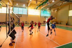 Wieżyca 2011 Stężyca gra w półfinale Młodzieżowych Mistrzostw Polski Kadetek w Siatkówce