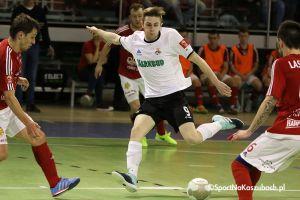 FC Kartuzy - KS Futsal Oborniki. Kibice czekają na triumf po trzech meczach bez zwycięstwa