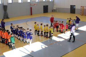 Halowy Turniej Piłki Nożnej Cygnus Cup 2018. Zawodnicy ze Straszyna i Niedźwiednika najlepsi w Arenie Przywidz