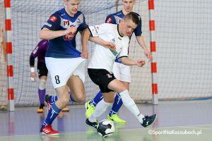 FC Kartuzy - Mieszko Gniezno. Radosny futsal i mnóstwo bramek w Kiełpinie
