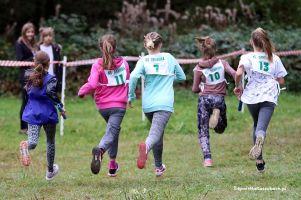 W środę w Miechucinie powiatowe zawody w drużynowych biegach przełajowych