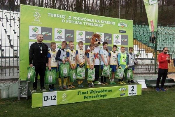 medale-chlopcow-z-sierakowic-w-pomorskim-finale-turnieju-tymbarka