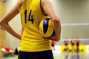 Powiatowa Gimnazjalna Liga Piłki Siatkowej Dziewcząt. W środę ostatnie mecze i zakończenie sezonu