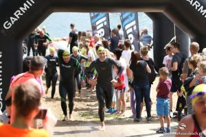 Garmin Iron Triathlon Stężyca 2016: zdjęcia część II - plaża, pływanie, wyjście z wody, czyli I etap zawodów (cz. 2)