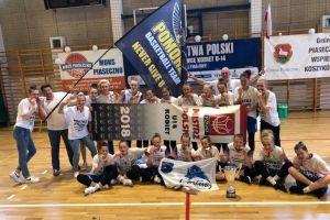 UKS Bat mistrzem Polski w koszykówce U14K. Kartuzianki wygrały zacięty finał z MUKS-em Poznań