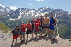 Kartuscy zapaśnicy na obozie kadry narodowej pod Elbrusem
