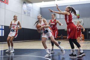 trzy-koszykarki-batu-kartuzy-zadebiutowaly-w-reprezentacji-polski
