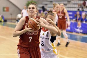Polki wygrały z Niemkami i awansowały do ćwierćfinału ME U20. Zagrały Ania i Ola Makurat