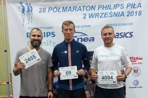 Łukasz Kujawski w czołówce Półmaratonu Philipsa, Mistrzostw Polski i Mistrzostw Wojska Polskiego w Pile