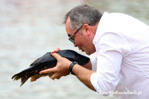 kolejne-grube-ryby-w-jeziorze-ostrzyckim-czekaja-nagrody