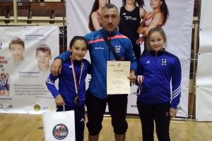 Dominika Konkel z dwoma medalami Międzynarodowych Mistrzostw Polski Szkół Podstawowych w Zapasach