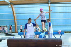 Codzienne zajęcia sportowe na Złotej Górze z KS Movement. Parkour, miejskie akrobacje i zabawa