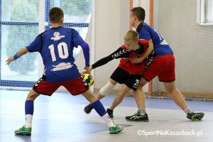 Młodzi szczypiorniści GKS-u Żukowo wygrali turniej w Strzelnie i trzy ligowe mecze
