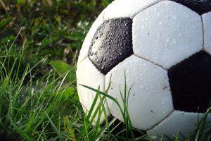 Niepodległościowy Turniej Piłki Nożnej Dzikich Drużyn 11 listopada w Tuchomiu