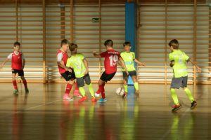 Zwycięstwo Escoli Futbolu w Turniej Piłki Nożnej Halowej Somonino Cup rocznika 2008