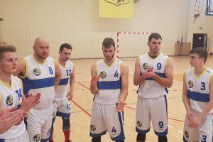 KS Bat Sierakowice - Energa Laminopol Słupsk. Pewne zwycięstwo lidera z ostatnim zespołem III ligi