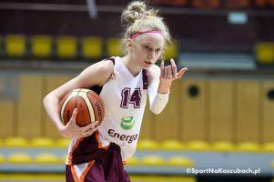 Agata Makurat gra w reprezentacji Polski U15 w Turnieju Nadziei Olimpijskich na Węgrzech