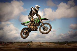 MX Glen Helen 2018, czyli loty i wyścigi motocrossowe 30 grudnia w Gostomiu k. Stężycy