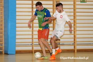 Somonińska Liga Piłki Nożnej Halowej. Gruntcase wygrał z Ajaksem, Syldar samodzielnym liderem