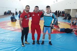 Zawodnicy i trener Cartusi Kartuzy na zgrupowaniu reprezentacji narodowej w Armenii