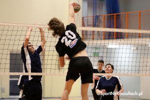 Żukowska Liga Siatkówki. Czas na mecz na szczycie Epo Project - Volley Team