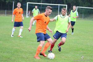 Amator Kiełpino - KS Mściszewice 1:5 w przedsezonowym sparingu zespołów z A klasy i V ligi