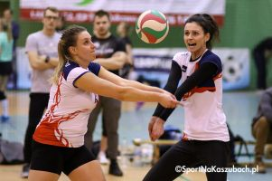 Poznaliśmy pierwsze półfinalistki ligi siatkówki w Przodkowie