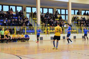 Halowa Ligi Piłki Nożnej w Sierakowicach. Rulis i We - Met powalczą o mistrzostwo w ostatniej kolejce