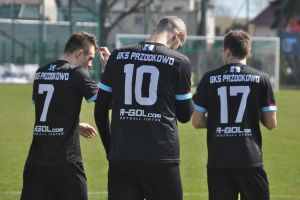 Chemik Bydgoszcz - GKS Przodkowo 0:2 (0:1). Gole Łukasza Stasiaka i Piotra Łapigrowskiego dały zwycięstwo na inaugurację