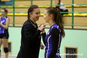 Przodkowska Liga Piłki Siatkowej Kobiet. Zdjęcia z pierwszych meczów o miejsca 5-8