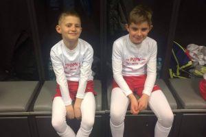 Mateusz Grzech i Maksymilian Markowicz wyprowadzili reprezentantów Polski na mecz z Łotwą