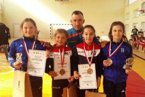 Cztery medale zawodniczek Cartusii w Otwartych Mistrzostwach Kociewia