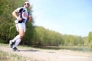 Kartuski Półmaraton 2019 i Kartuska '10 - zdjęcia z trasy biegu Kaszuby Biegają w Kartuzach