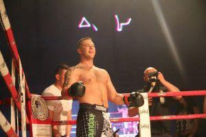 Artur Bizewski pokonał Marcina Szredera na gali FEN 13 Summer Edition w Gdyni