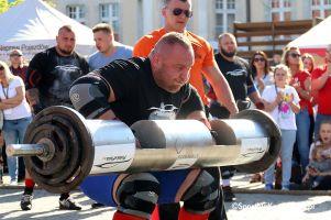 Europa Strong Man Cup 2019 w Kartuzach. Siedmiu siłaczy zaprezentuje się na Rynku