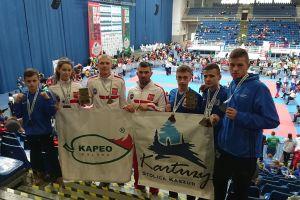 Nikodem Bigus i Kacper Śleszyński z Rebelii Kartuzy zwycięzcami Pucharu Świata w Kick - Boxingu na Węgrzech 2019