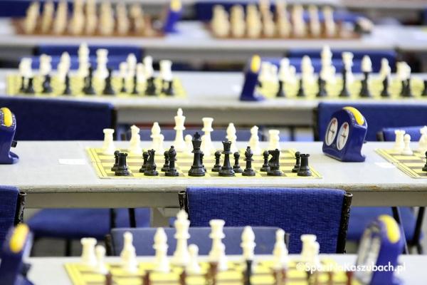 szachy_stoly_1.jpg