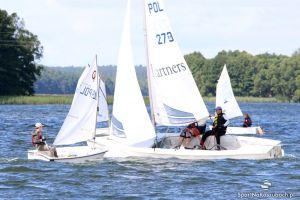 Centrum Sportów Wodnych i Promocji Regionu na Złotej Górze zaprasza amatorów 21 i 28 sierpnia na regaty flotowe