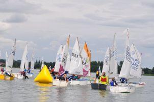 Puchar Jezior Chmieleńskich 2019. Druga odsłona Żeglarskiego Pucharu Kaszub przy dobrej pogodzie