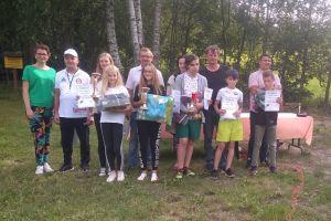 Dzieci i dorośli rywalizowali w Powiatowym Turnieju Strzeleckim Złota Muszka w Somoninie 2019.