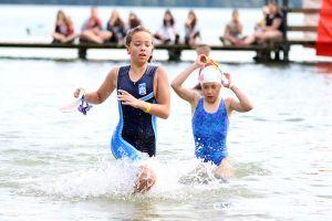 Wysoka frekwencja i zacięta rywalizacja małych triathlonistów