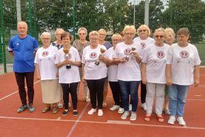 Seniorki aktywizowały się grając w molkky w Sierakowicach