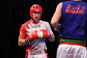 Adam Kryszewski walczy w Mistrzostwach Świata Seniorów w Kick- Boxingu w Sarajewie