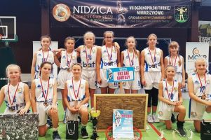 UKS Bat Kartuzy zwyciężył w Ogólnopolskim Turnieju Koszykówki Copernic Cup w Nidzicy