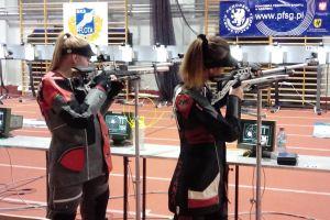 Trzy zawodniczki Dziesiątki Kartuzy na zawodach strzeleckich w Gdyni