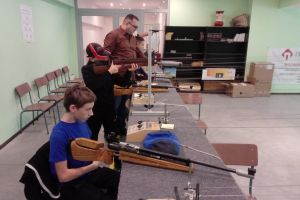 Na kartuskiej strzelnicy mierzyli z karabinów i pistoletów z okazji Narodowego Święta Niepodległości