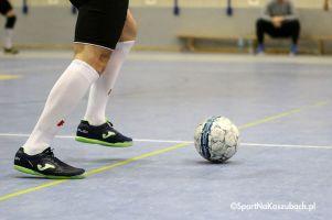 Dwadzieścia zespołów w dwóch halach zagra w turnieju seniorów Kiełpino Cup / Somonino Cup
