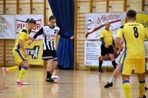 Halowa Liga Piłki Nożnej w Sierakowicach rozpoczęła sezon 2019/2020