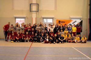 Piłkarki z pięciu klubów zagrały w Świąteczno - Noworocznym Turniej GKS Żukowo Ladies Cup